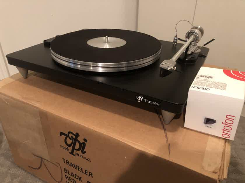 VPI Traveler Turntable and Ortofon 2M Black Cartridge - Very good condition