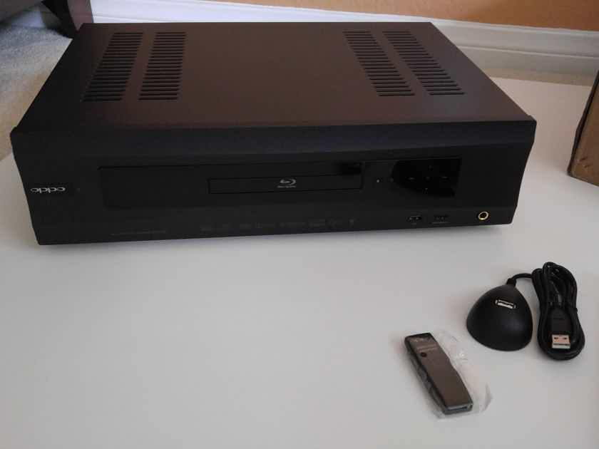 Oppo BDP-105 Blu-Ray Disc Player - Warranty!