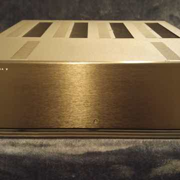 Anthem PVA-7 125W/ch. 7 ch. amp