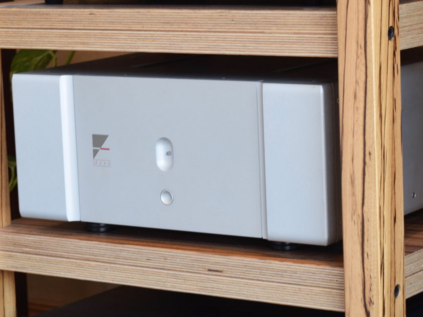 Ayre Acoustics V-5xe Power Amplifier