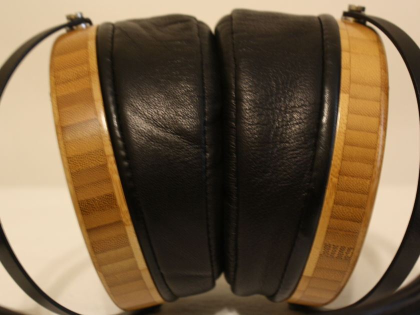 Audeze LCD-2 Headphones. bamboo with Lambskin Earpads. MINT Condition