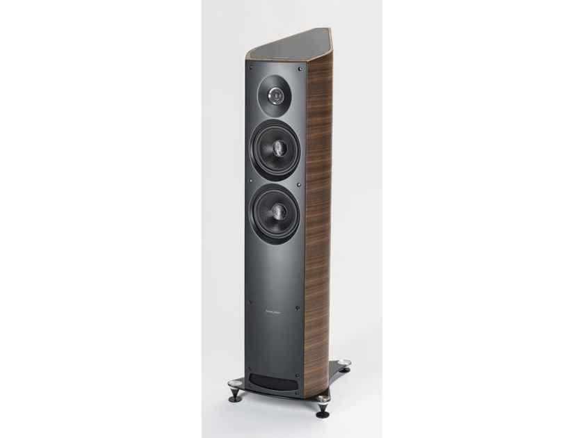 Sonus Faber Venere 2.5 Floorstanding Loudspeaker - SINGLE - WALNUT