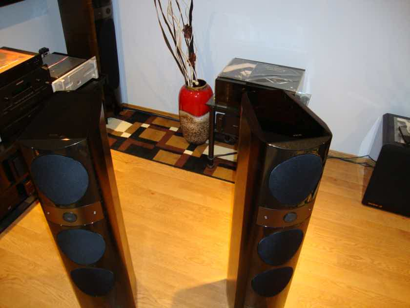 FOCAL 1028 BE    NEW CONDITION