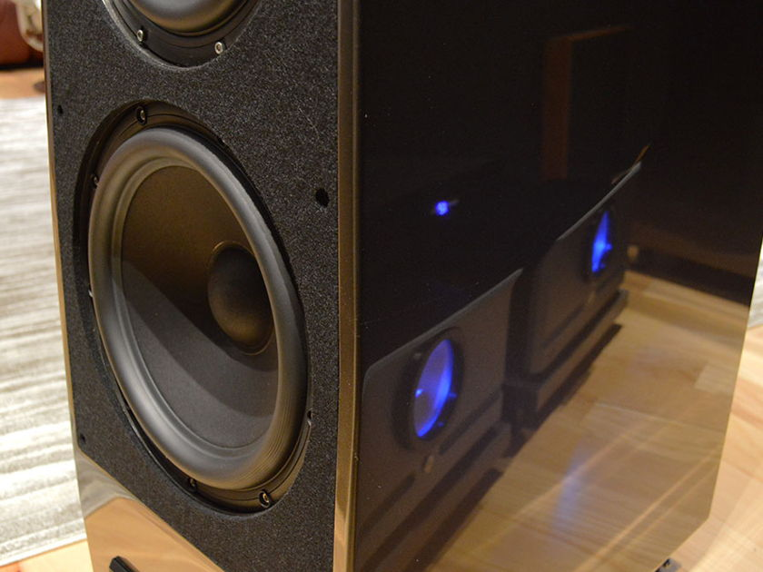 Wilson Audio ALEXX - Certified Authentic Preowned - Experience True Full Range Performance