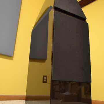 Sophia Porsche Violet Speakers with Crates