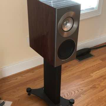 KEF Reference 1 Rosewood with Stands