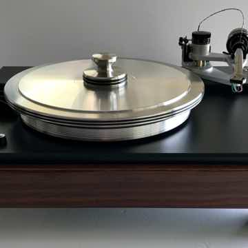 Classic 4 in Rosewood finish with Gimble 12 1/2 inch Tonearm