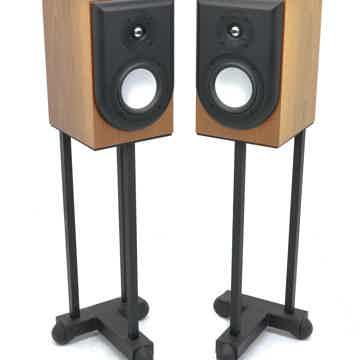 Performa M20 Bookshelf Speakers