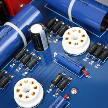 TRIANGLEART REFERENCE TUBE PREAMPLIFIER