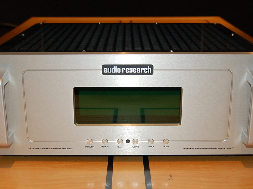 """Audio Research Reference Phono 2 Silver  Phono preamp w/MC/MM inputs--""""SE"""" version"""