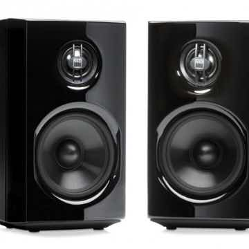 D8020 Bookshelf Speakers
