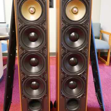 Paradigm 7.2 Setup with 2 subwoofers