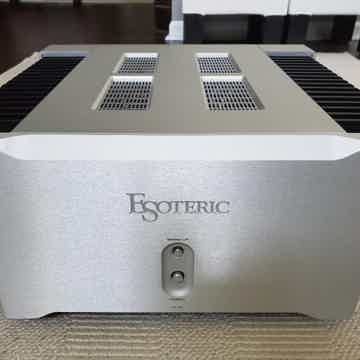 Esoteric A-03 Class A Amplifier Excellent Condition