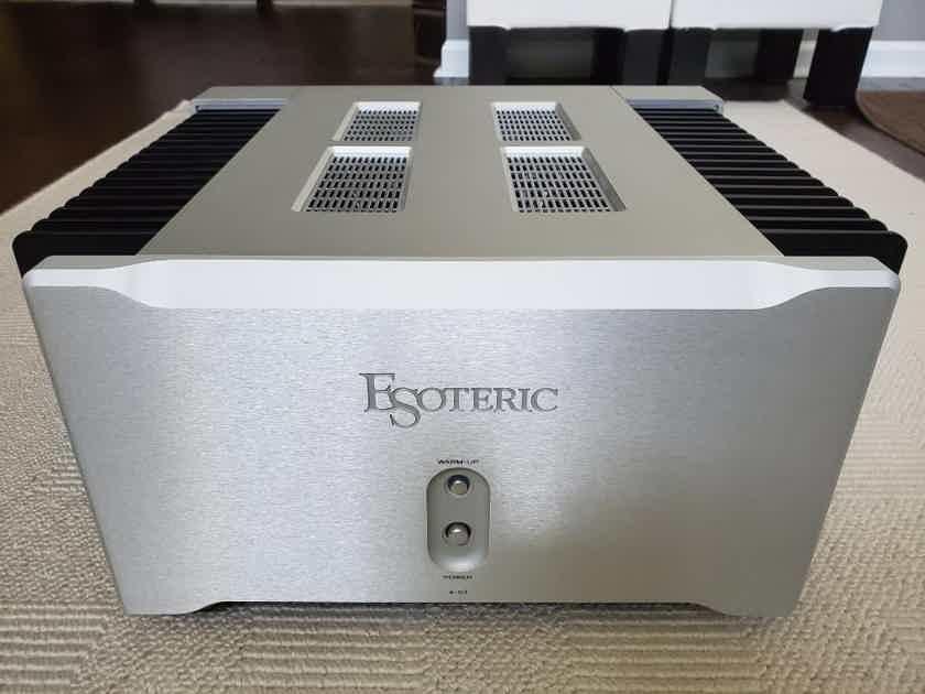 Esoteric A-03 Class A Amplifier Excellent Condition