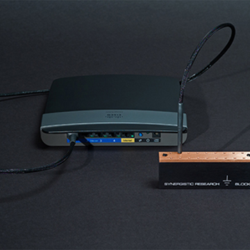 Synergistic Research Grounding Block with Ethernet HD Grounding Cable