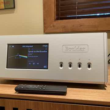 866 Integrated Amplifier Pristine 1 mo old
