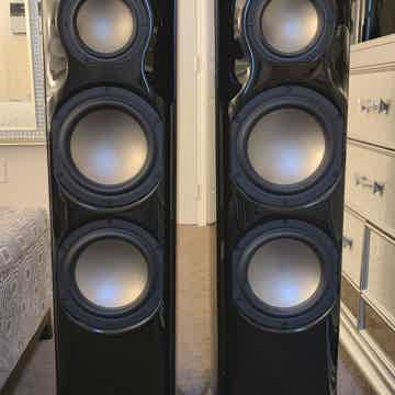 Revel Ultima2 Studio2  in Gloss Black