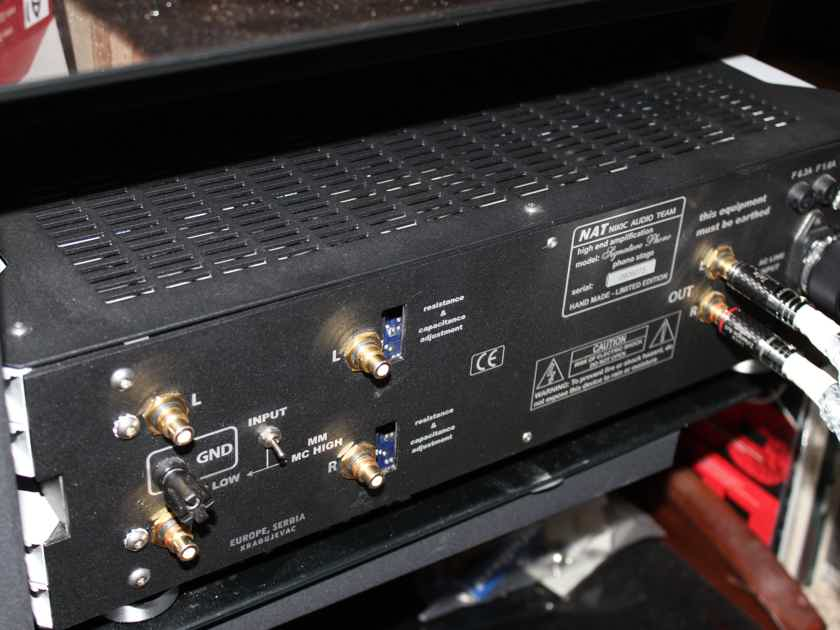 NAT Audio Signature Phono Stage, Reference level, Class A, Battery powered, MC/MM