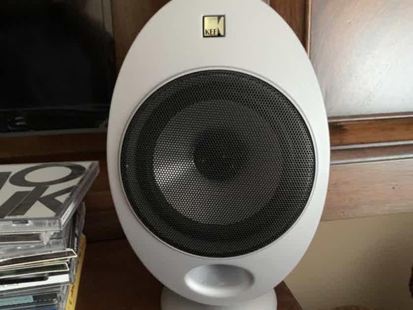 KEF HTS2001 Satellite Speakers - Pair