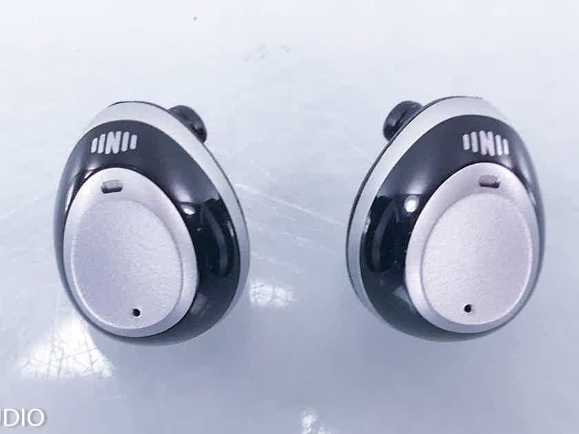 Nuheara IQbuds In-Ear Wireless Earbuds IEM Bluetooth Headphones (14016)