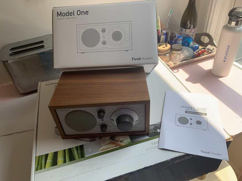 AM/FM Table Radio—Tivoli Audio