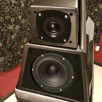 Wilson Audio Alexia 1 Galaxy Gray! On Display in Kansas...