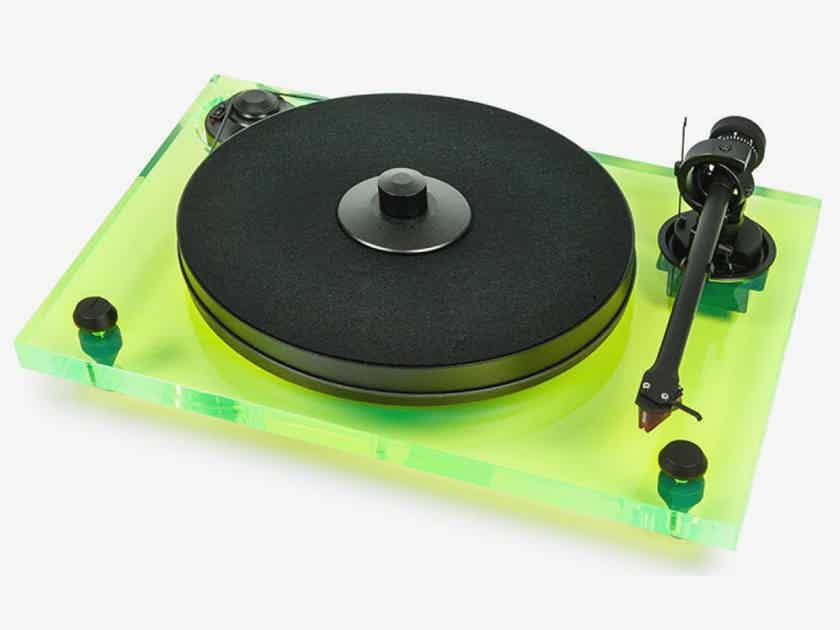 Pro-Ject Audio Systems 2Xperience Primary Turntable - Acrylic w/ Ortofon 2M Red Cartridge