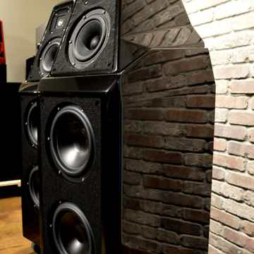 Wilson Audio Sasha - Obsidian Black on Black Trim - Rec...