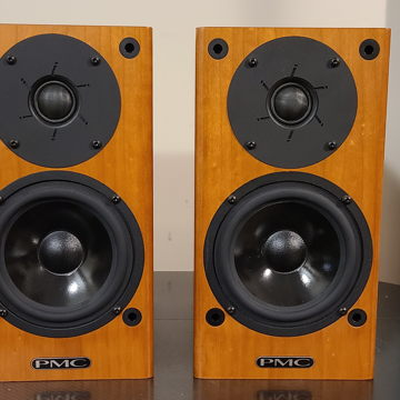 DB1i Loudspeakers
