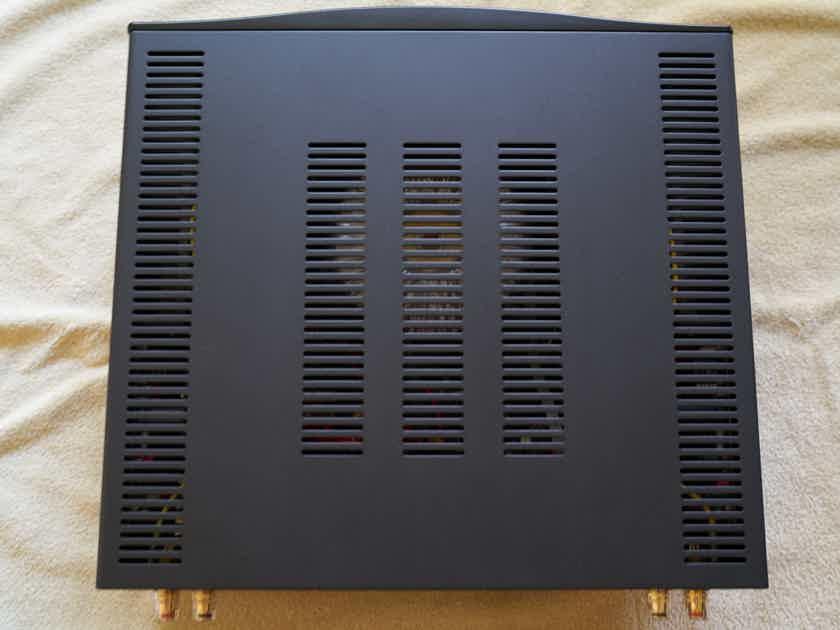 Hegel H300 Integrated Amplifier / DAC / USB / 250 watt/ch