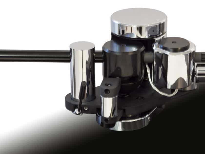 Primary Control FCL Tonearm  Worlds First Field Coil Loaded Tonearm