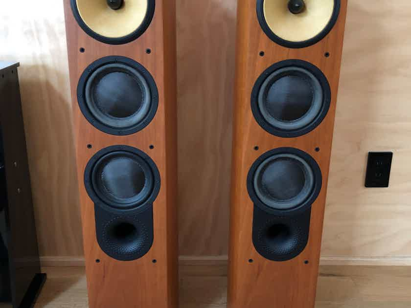 B&W (Bowers & Wilkins) Nautilus 804N with stands