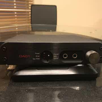DAC-1