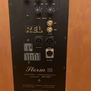 REL Acoustics Storm