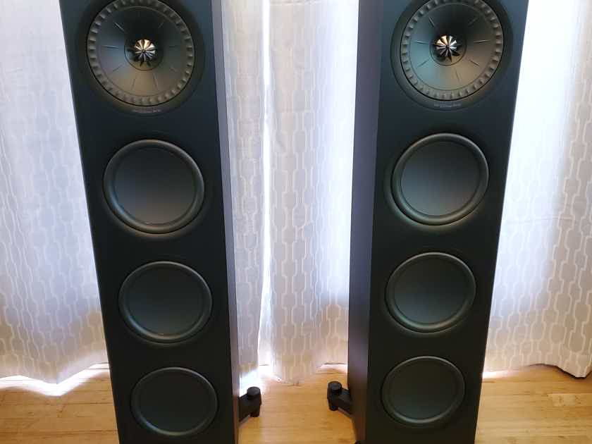 "KEF Q950 8"" 2.5-Way Floorstanding Loudspeaker Pair Black Nearly New Condition"