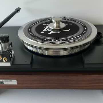 VPI Classic 4 in Rosewood finish with Gimble 12 1/2 inch Tonearm