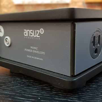 Ansuz Acoustics mainz8 A Power Distributor.