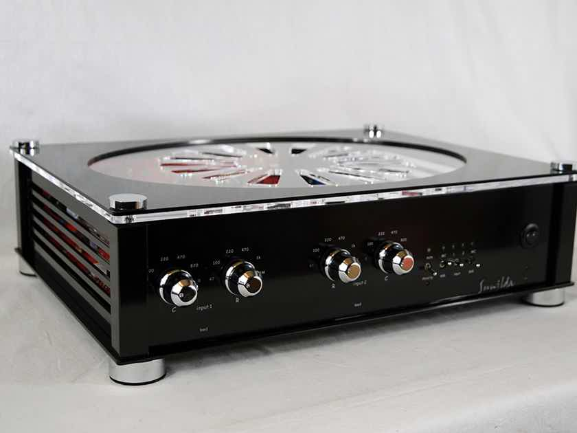 Audio Valve Sunilda Tube Phono Stage with 2 MM/MC inputs - Made in Germany