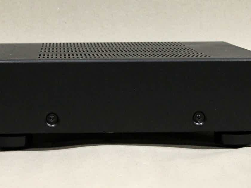 Parasound Halo A-23 Stereo Amplifier in Black Finish