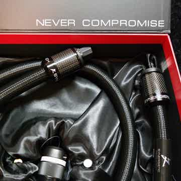 Synergistic Research SRX Power Cable - NEW REVIEW - the...