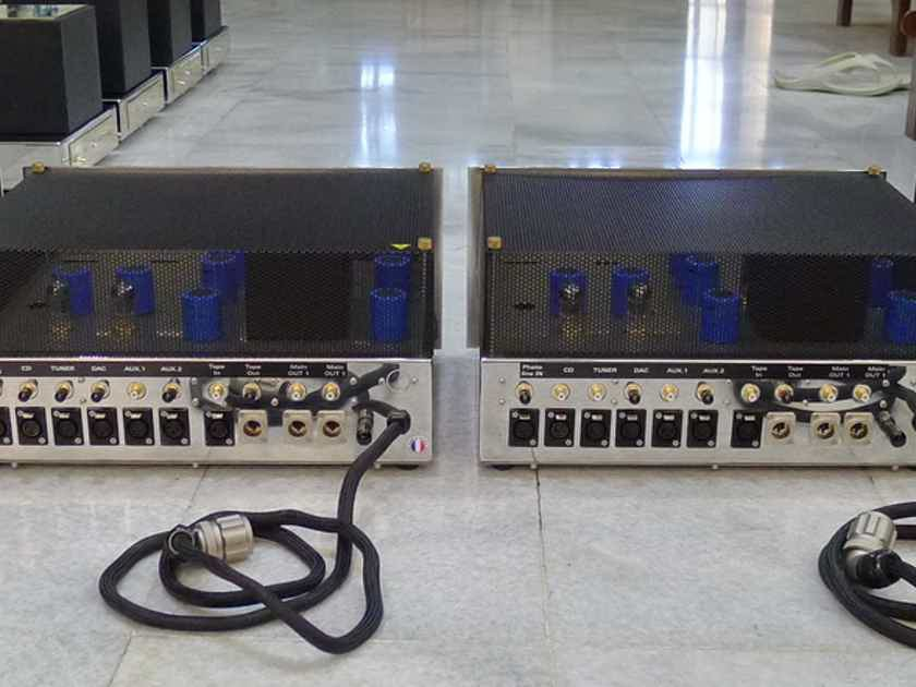 Jadis JP-500 tube preamp. 220-240 volts . Free shipping worldwide !