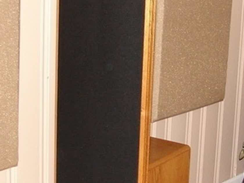 Sound Lab Dynastat Hybrid electrostatic speaker