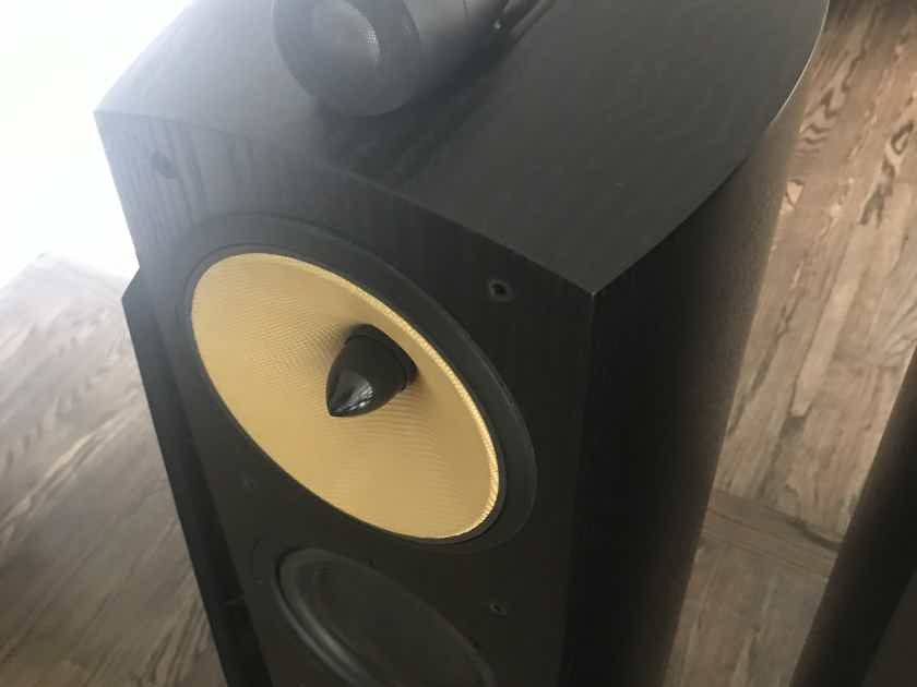 B&W (Bowers & Wilkins) Nautilus 804N with Sound Anchor Stands