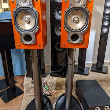 Paradigm Signature S2 v.2 Bookshelf Speakers (Cherry Fi...