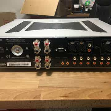 851a Integrated Amplifier Demo