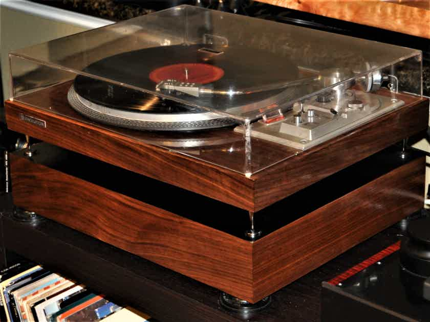 Customized Pioneer PL-518 w/Figured Walnut and Isolation Base