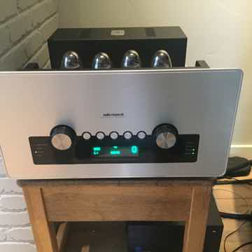 Audio Research GSi75 75 WPC Tube Integrated amp, EXCELL...
