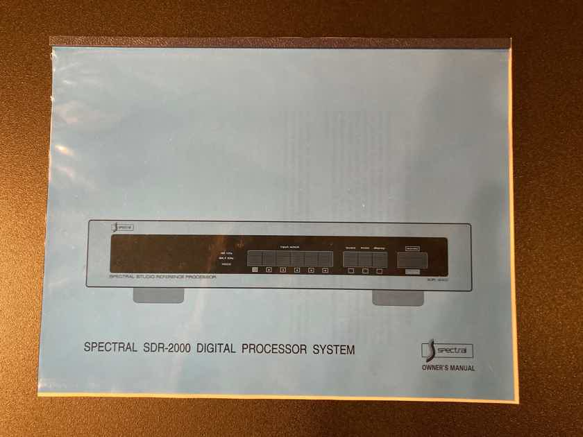 Spectral SDR 2000/3000 combination of separate DAC and CD Transport units