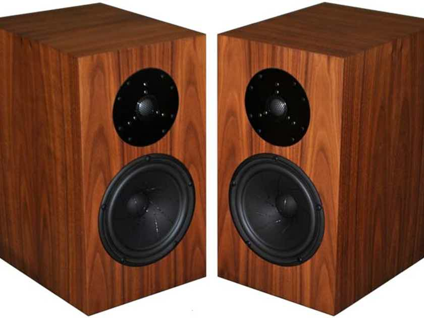 Fritz Speakers CARRERA BE LOUDSPEAKERS ON SALE!