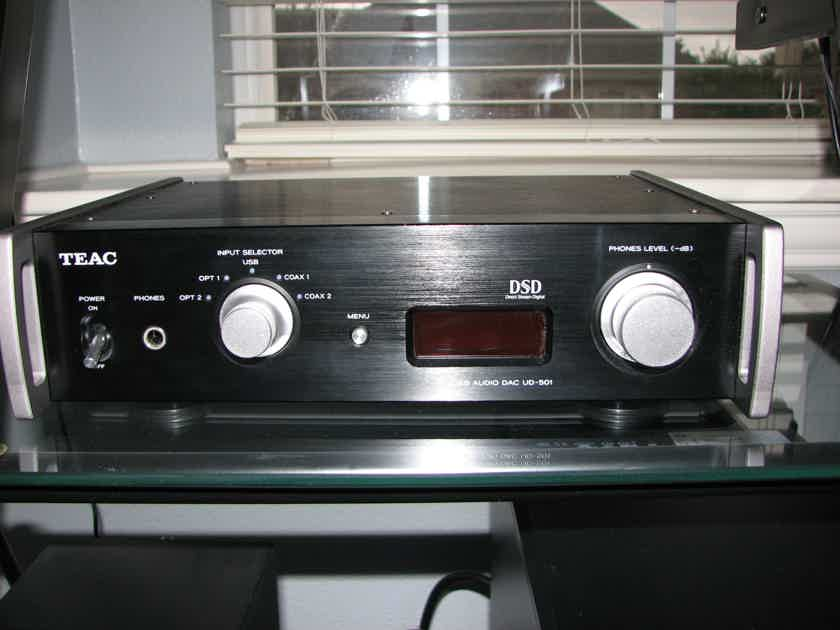 Teac UD-501 DAC for sale by owner